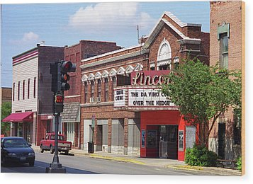 Route 66 Theater Wood Print by Frank Romeo