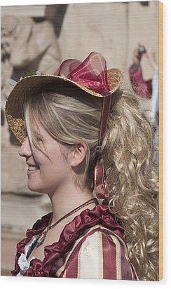 Royal Renactment 2086 Wood Print by Charles  Ridgway