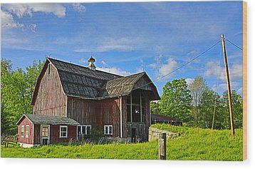 Wood Print featuring the photograph Rustic Barn In The Catskills by Paula Porterfield-Izzo