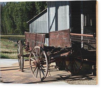 Rustic Wagon Wood Print by Cathy Harper