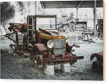 Rusty International Truck Wood Print