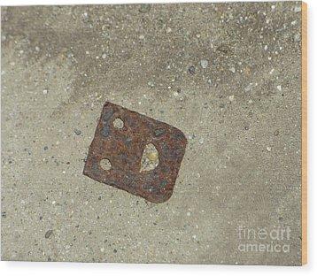 Rusty Metal Hinge Smiley Wood Print