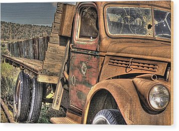 Rusty Old Truck Wood Print by Peter Schumacher