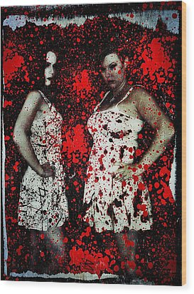 Ryli And Corinne 2 Wood Print by Mark Baranowski