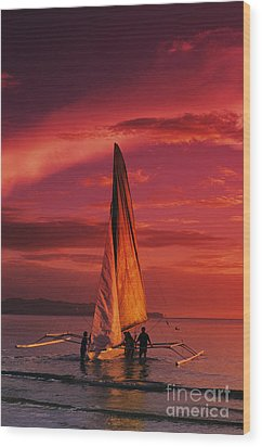 Sailing, Boracay Island Wood Print by William Waterfall - Printscapes