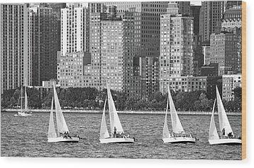 Sailing In New York Harbor No. 3-1 Wood Print