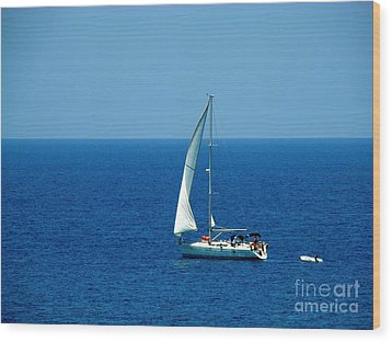 Sailing The Deep Blue Sea Wood Print by Sue Melvin