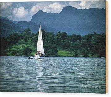 Sailing The Lakes Wood Print