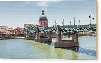 Wood Print featuring the photograph Saint-pierre Bridge In Toulouse by Elena Elisseeva