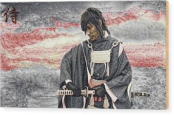 Samurai Warrior Wood Print by Ian Gledhill