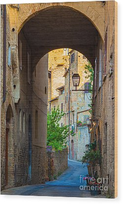 San Gimignano Archway Wood Print by Inge Johnsson