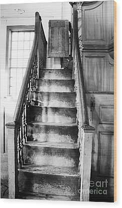 Sandown Meetinghouse -sandown Nh Usa Wood Print by Erin Paul Donovan