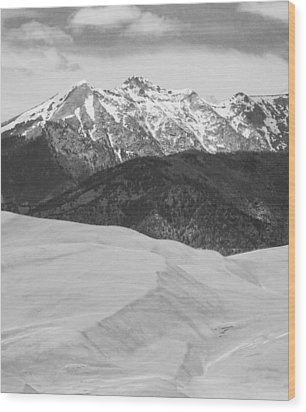 Sangre De Cristo Mountains And The Great Sand Dunes Bw V Wood Print by James BO  Insogna