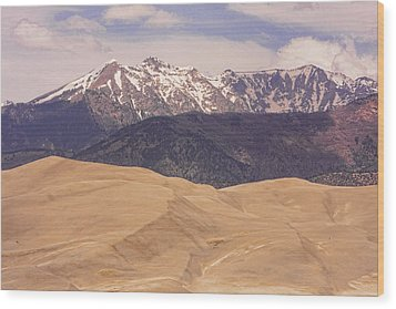 Sangre De Cristo Mountains And The Great Sand Dunes Wood Print by James BO  Insogna