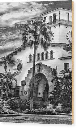 Santa Barbara City Hall Triptych_part2 Wood Print by Danuta Bennett