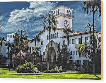 Santa Barbara Courthouse Wood Print by Danuta Bennett