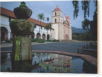 Santa Barbara Mission With Fountain 2 Wood Print by Kathy Yates