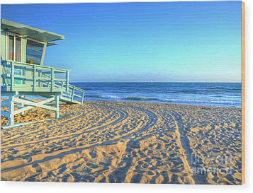 Santa Monica Lifeguard Wood Print by Kelly Wade