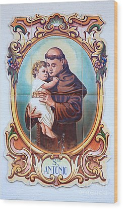 Santo Antonio De Lisboa Wood Print by Gaspar Avila