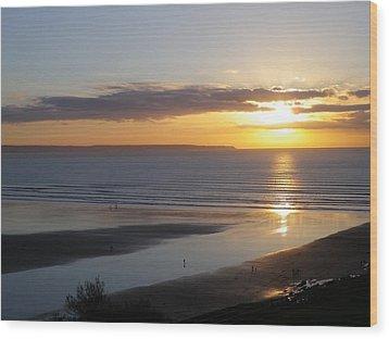 Saunton Sands Sunset Wood Print by Richard Brookes