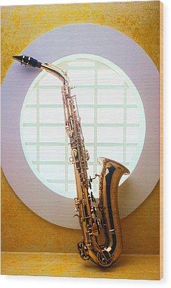 Saxophone In Round Window Wood Print by Garry Gay