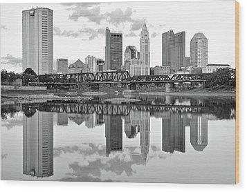 Wood Print featuring the photograph Scarlet And Columbus Gray by Frozen in Time Fine Art Photography