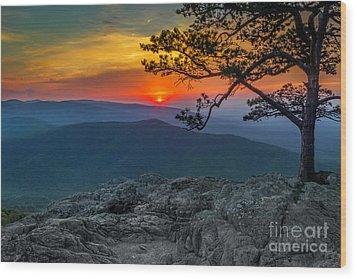 Scarlet Sky At Ravens Roost Wood Print