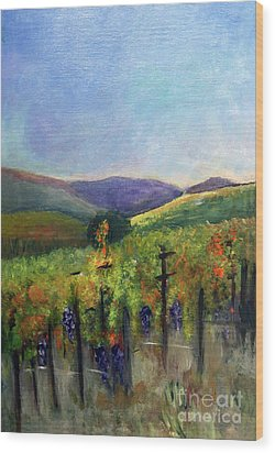 Scotts Vineyard Wood Print by Donna Walsh