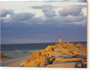 Wood Print featuring the photograph Scussett Beach Sunset by Greg DeBeck