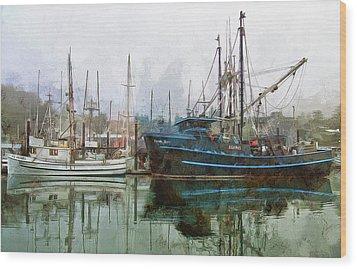 Sea Breeze And Lady Law Wood Print