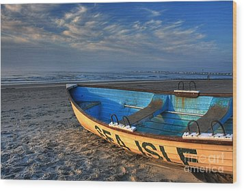 Sea Isle City Lifeguard Boat Wood Print by John Loreaux