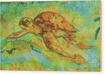 Sea Turtle Wood Print by Jacqueline Phillips-Weatherly