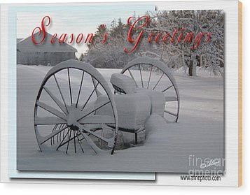 Wood Print featuring the photograph Seasons Greetings by Alana Ranney