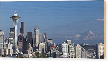 Seattle And Mt Rainier Wood Print by Ed Clark