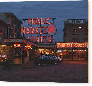 Seattle Public Market Wood Print by Sonja Anderson