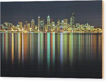 Seattle Skyline At Night Wood Print by Hai Huu Thanh Nguyen