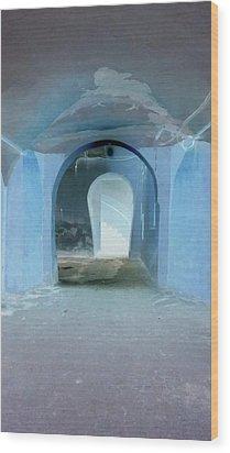 Secret Passage Wood Print by Tetyana Kokhanets