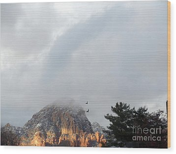 Sedona Ravens In Flight Wood Print