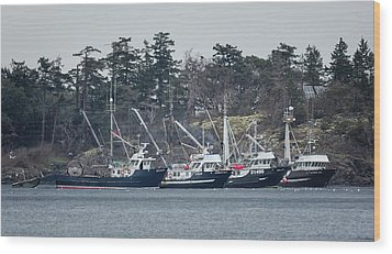 Wood Print featuring the photograph Seiners In Nw Bay by Randy Hall