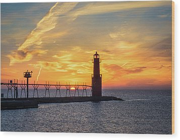 Wood Print featuring the photograph Serious Sunrise by Bill Pevlor