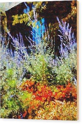 Settlers Inn Garden Reflections Wood Print