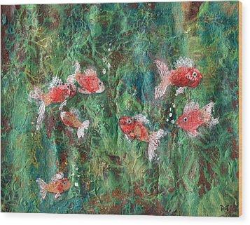 Seven Little Fishies Wood Print
