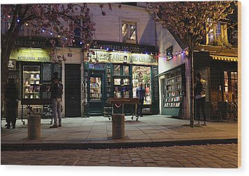 Wood Print featuring the photograph Shakespeare Book Shop 1 by Andrew Fare