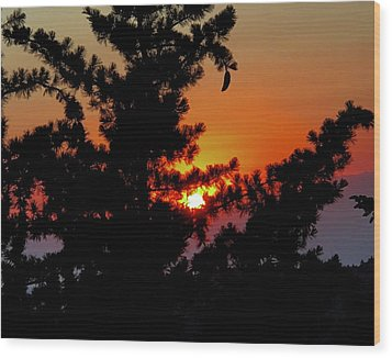 Shangrila Sunset Wood Print by Jack Eadon