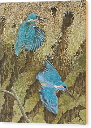 Sharing The Caring Wood Print by Pat Scott
