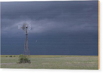 Shelf Cloud And Windmill -02 Wood Print by Rob Graham