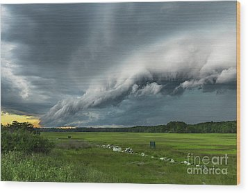 Shelf Cloud Wood Print