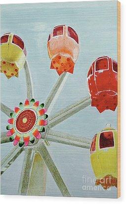 Sherbert Ferris Wheel Wood Print by Glenda Zuckerman