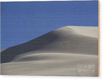 Shifting Dunes Wood Print by Ron Hoggard