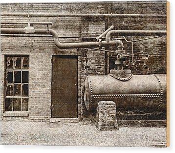Building At Sloss Wood Print by Phillip Burrow